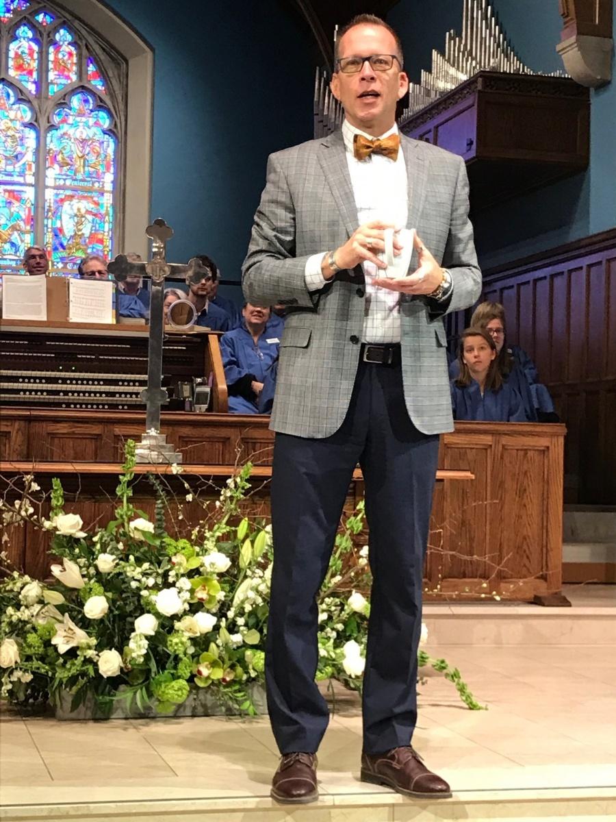 Rev. Eric Biehl preaching